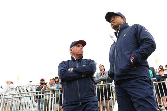 tiger-woods-fred-couples-presidents-cup-2019-saturday-morning-watching